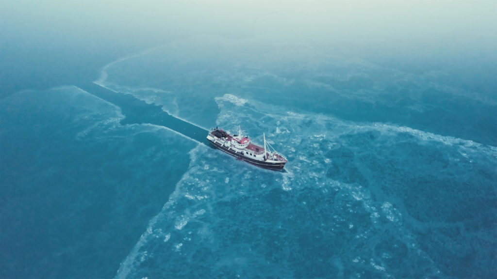 08 Spitzbergen - Im Eis steckengeblieben 300dpi